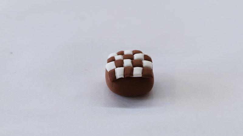 超轻粘土巧克力蛋糕教程图片 用粘土是怎么做巧克力