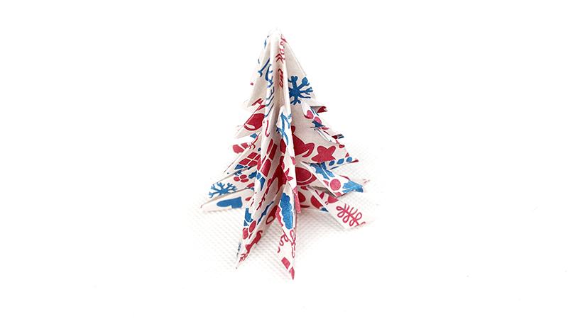 手工圣诞树教程图片 圣诞树怎么折的